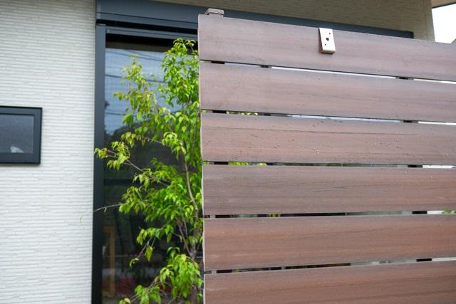 フェンスの規格を確認しよう!設置に関する疑問も解答